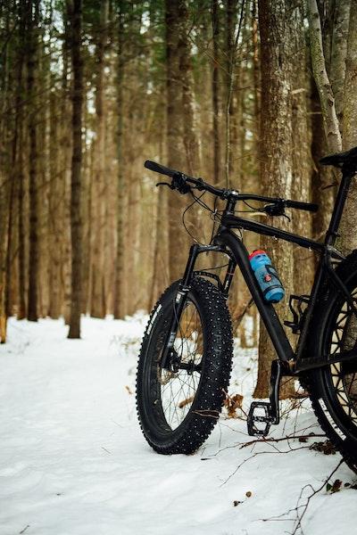Fatbike in de sneeuw