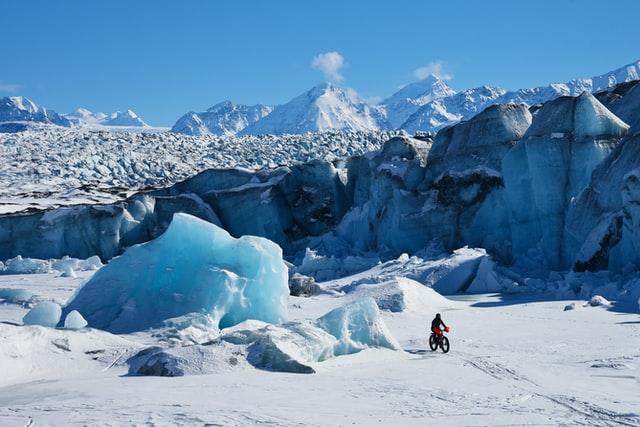 Fatbike in sneeuw en bergen
